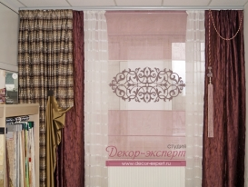 Фото-49. Ажурная аппликация на римской шторе.