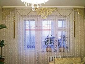 Фото-50. Две фотографии с нашими ажурными ламбрекенами прислала Мария из Ульяновска.