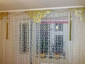 Фото-51. Две фотографии с нашими ажурными ламбрекенами прислала Мария из Ульяновска.