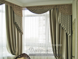 Фото-105. Шторы с ажурным ламбрекеном в столовой комнате в классическом стиле. Людмила Гузенкова, Краснодар.