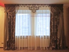 Фото-34. Ажурный ламбрекен для штор в гостиной Нарине из Подмосковья.
