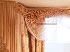 """Фото-119. Фрагмент штор с ажурным ламбрекеном """"Флора"""" у заказчицы Ксении из Тольятти."""