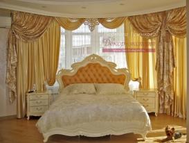 Фото-111. Шторы с ажурным ламбрекеном в классической спальне. Людмила Гузенкова, Краснодар.