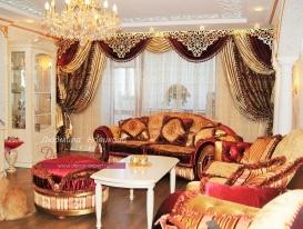 Фото-131. Шторы с ажурным ламбрекеном в классической гостиной. Людмила Новикова, Самара.