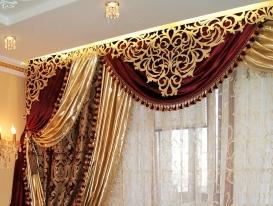Фото-130. Шторы с ажурным ламбрекеном в классической гостинной. Людмила Новикова, Самара.