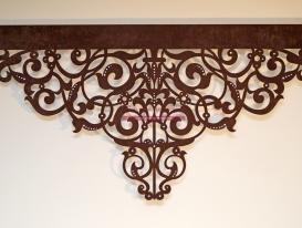 """Центральная часть ажурного ламбрекен со стазами дизайн """"Флоренция"""" для нашей  заказчицы из Лабытнанги."""
