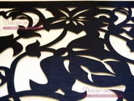 Фото-5. Фрагмент угла ажурного ламбрекена из нестандартной ткани, подобранной мною под фактуру темных обоев в квартире Ольги