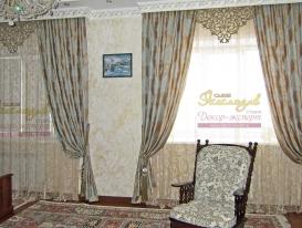 """Фото-100. Шторы с ажурным элементом в классической спальне. Салон """"Эксклюзив"""", Казахстан."""