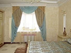 """Фото-101. Шторы с ажурным элементом в классической спальне. Салон """"Эксклюзив"""", Казахстан."""
