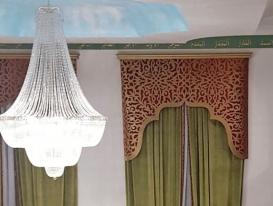 Фото-201. Шторы с ажурным ламбрекеном в зелёном зале мечети в Омске.