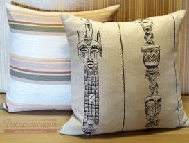 Комплект из двух декоративных подушек в этническом стиле №2.