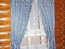 Фото-23. Деревенские шторы в спальне.
