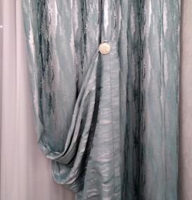 Декоративный магнит для штор, выполненный в классическом стиле.
