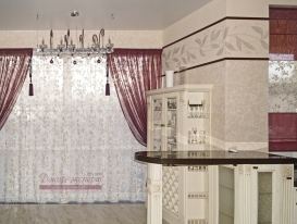 Фото-92.  Общий вид штор для кухни в стиле Прованс в частном доме в Тольятти.