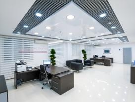 Фото-49. Рулонные шторы зебра для офисного помещения в закрытом положении.