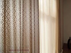 Портьеры с тюлем для спальни. Фрагмент средней части.