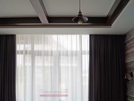 Фото-101. Серые шторы для спальни в стиле Loft. Фрагмент.