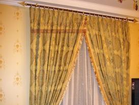 Фото-18. Классические шторы в спальню.