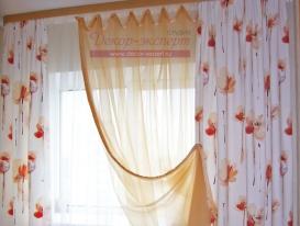 Фото-34. Шторы в спальне на потолочном карнизе.