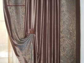 Фото фрагмента правой портьеры с кантом.