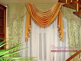Фото-5. Шторы для гостиной комнаты в классическом стиле.