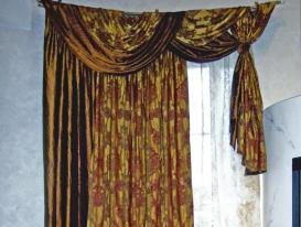 Фото-64. Классических шторы для зала. Левая часть.
