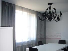 Фото-68. Монохромные шторы в гостиной.
