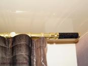 Фото-80. Фрагменты шторы с карнизом для гостиной комнаты.