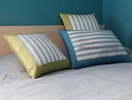 Фото-65. Декоративные подушки с кантом.