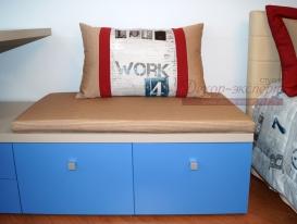 Фото-77. Декоративная подушка в детской комнате мальчика.