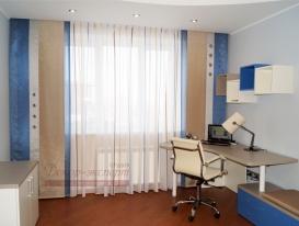 Фото-78. Японские шторы в комбинации с тюлем в комнате подростка.