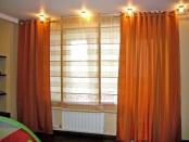 Фото-5. Яркие оранжевые шторы в детскую комнату.