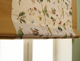 Римская штора с кантами фрагмент. Видна текстура кани и качество нашего пошива.