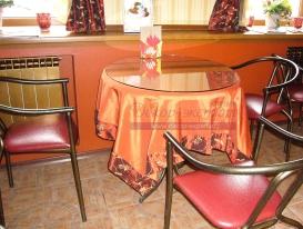 Фото-14. Скатерть для кафе-кондитерской.