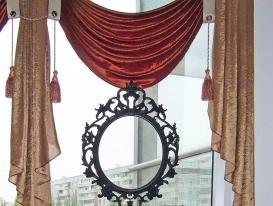Фото-2. Фрагмент текстилный декор окна кафе в ТРК Капитал.