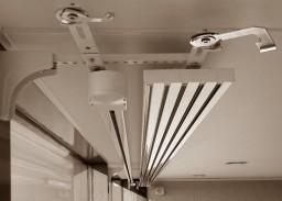 Карниз для японских панелей, 5 направляющих, управление - электрокарниз с мастер-глайдером.
