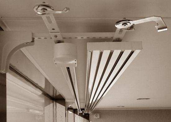 Карниз для японских штор с электро управлением.