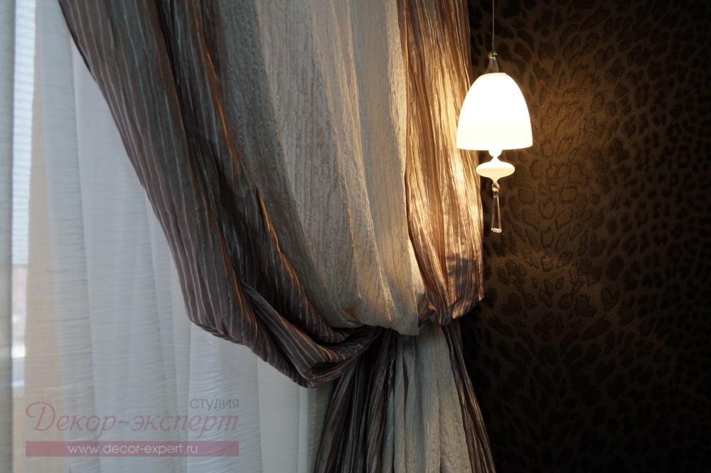 Фрагмент шторы в спальне.