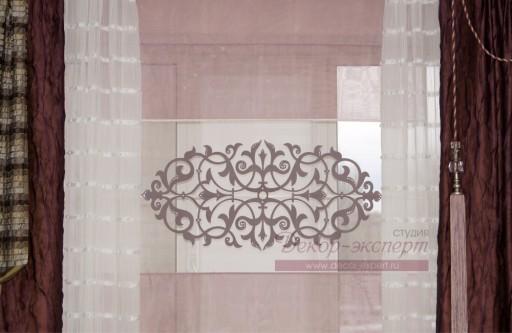 ажурная термо аппликация на римской шторе