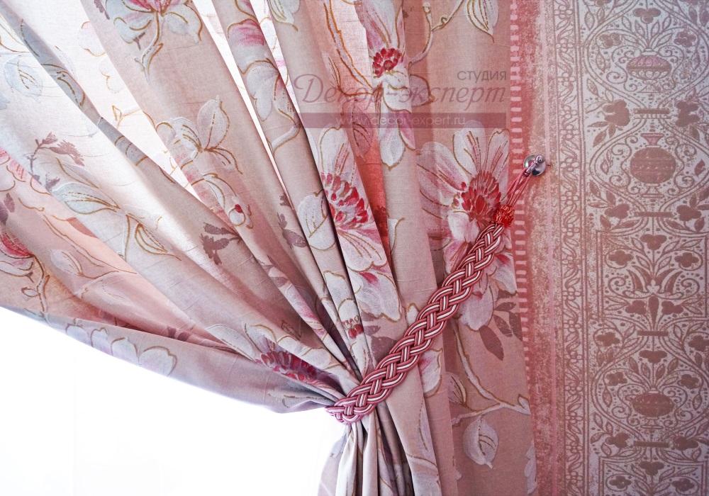Декоративный плетёный подхват