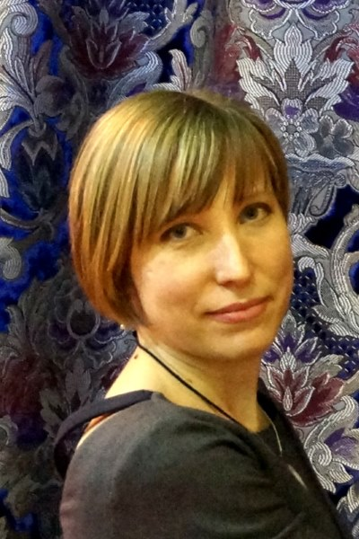 Светлана Никитина дизайнер по текстилю.