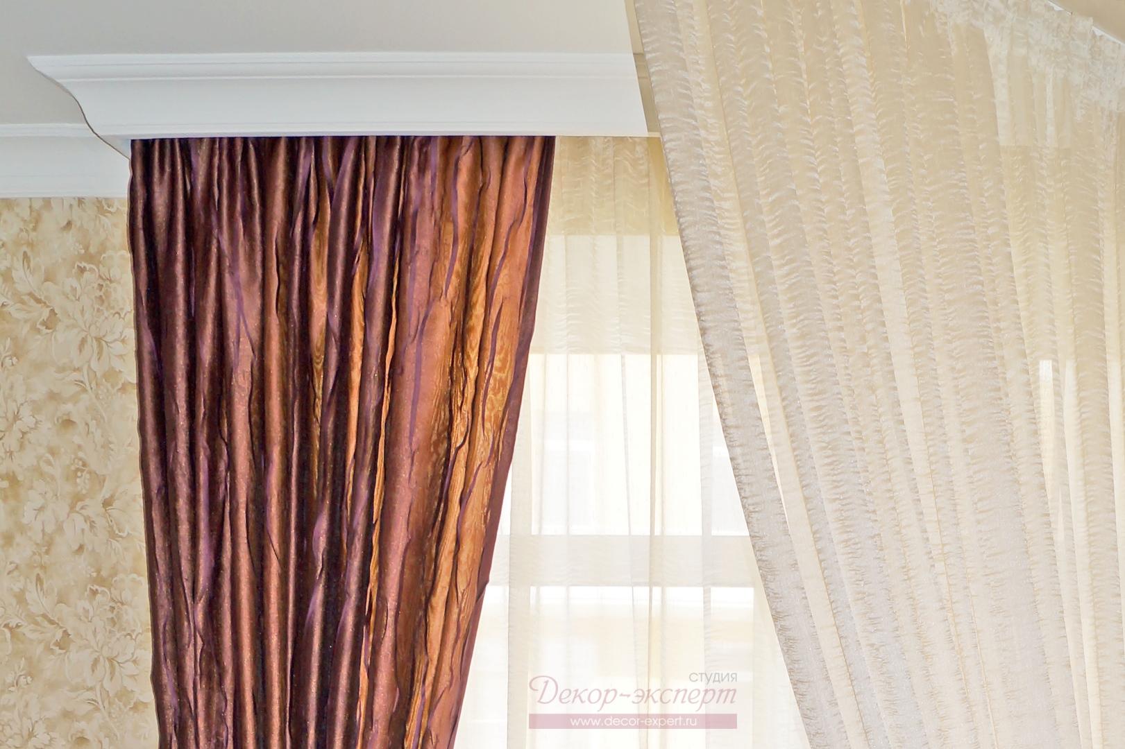 Фрагмент-штор и балдахина для спальни