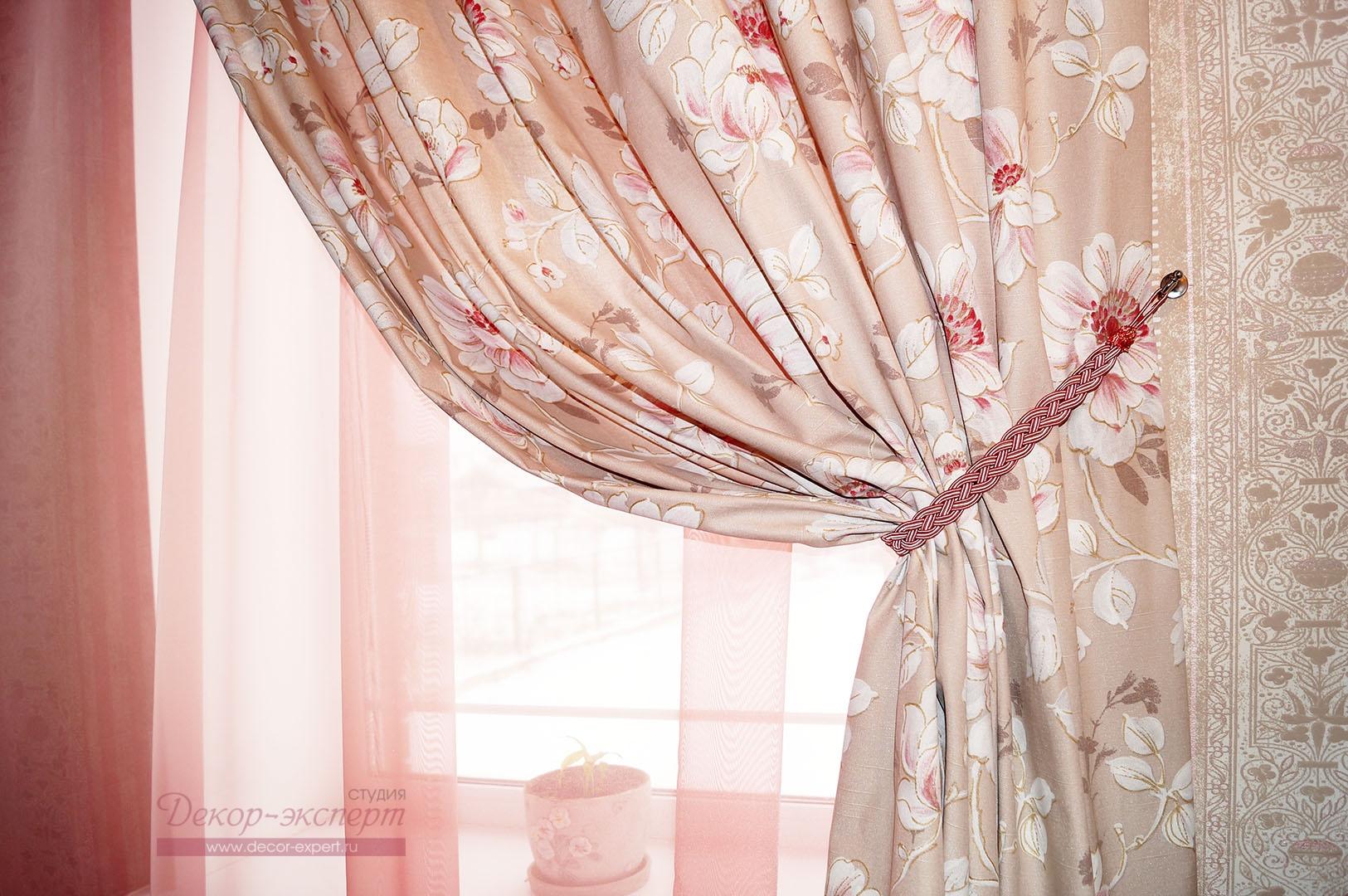 Портьера из хлопковой ткани с цветочным принтом