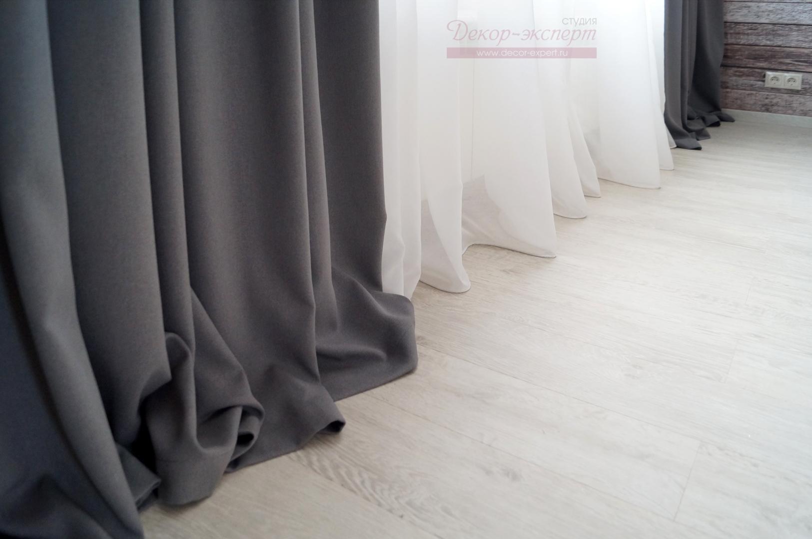 Ткани для штор в спальне в стиле лофт.