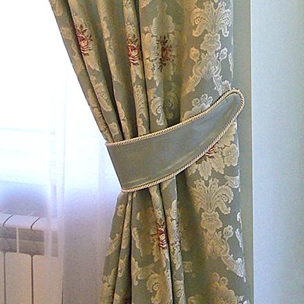 Шторы в гостиную-столовую для гостеприимных хозяев из Тольятти.