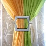 Сочные шторы в гостиную дома в Зелёновке.